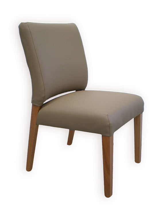 Lachlan dining chair